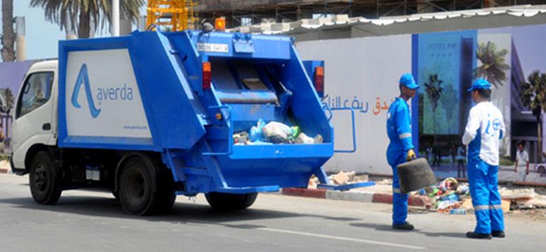 صرف الأجور يوقف إضراب عمال النظافة بالبيضاء
