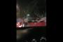 في مشهد مؤسف.. عراك عنيف بين شبان و فتاة قرب أحد الملاهي الليلية (فيديو) !