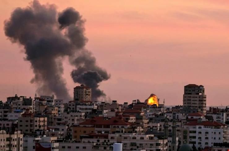 الاحتلال الاسرائيلي يخرق اتفاق التهدئة ويقصف شرق غزة