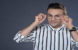 حاتم إدار يعتذر للجمهور بالمغربية والإسبانية