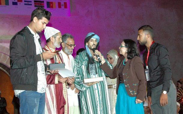 بالصور.. توزيع الجوائز على أحسن الحكواتيين في اختتام المهرجان الدولي