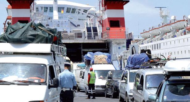 آلاف المغاربة المقيمين بالخارج دخلوا إلى الوطن وهذا هو سبب غلاء التذاكر