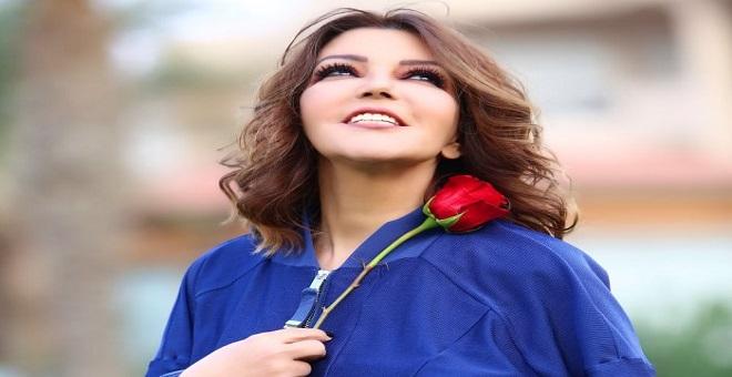 بالصورة.. جديد سميرة سعيد يصدم متتبعيها عبر