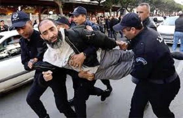الجزائر..  تنامي خطابات دينية تنذر بفوضى التطرف