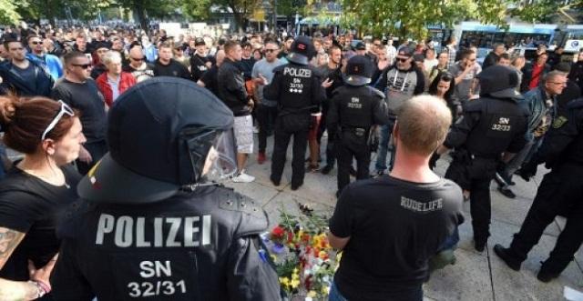 إثر مقتل شخص في شجار.. المهاجرون والإسلام في قفص الاتهام بألمانيا