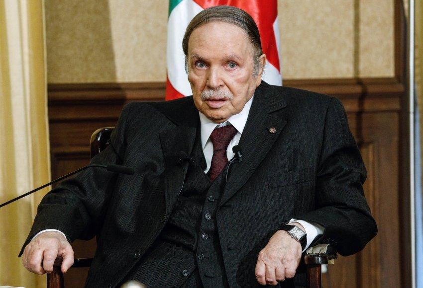 غضب بالجزائر بعد منع وقفة احتجاجية لمعارضي العهدة الخامسة لبوتفليقة