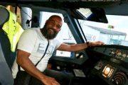 ملاكم مغربي سابق ينقذ حياة ركاب طائرة بين ميونيخ وباريس