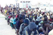 البحرية الليبية تنقد
