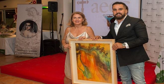 سفيان بوكرين..فنان تشكيلي مغربي يسخر لوحاته لمساعدة مرضى السرطان بإسبانيا