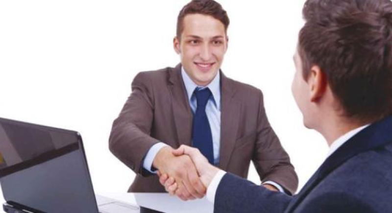 هذه أهم عبارات عليك قولها خلال مقابلة التوظيف..