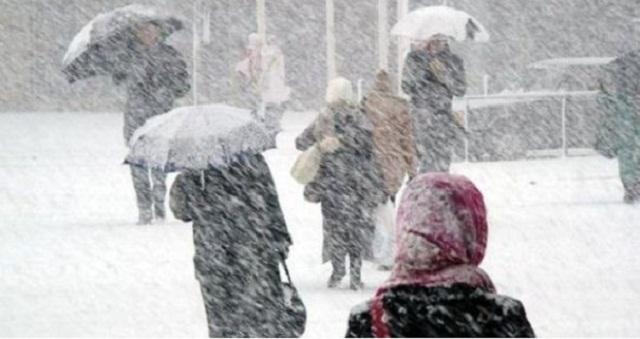 نشرة خاصة.. أمطار رعدية قوية وتساقطات ثلجية مرتقبة بعدد من المناطق