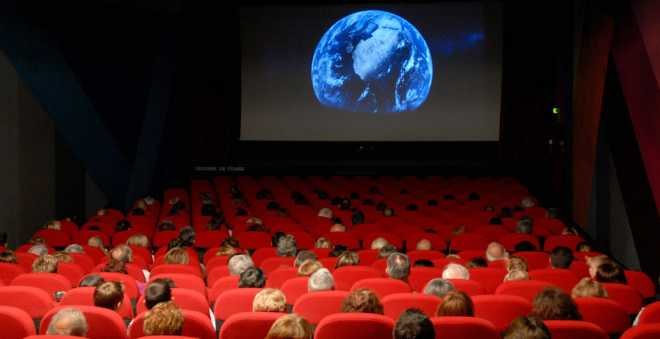 27 قاعة سينمائية مغربية تواجه الإفلاس