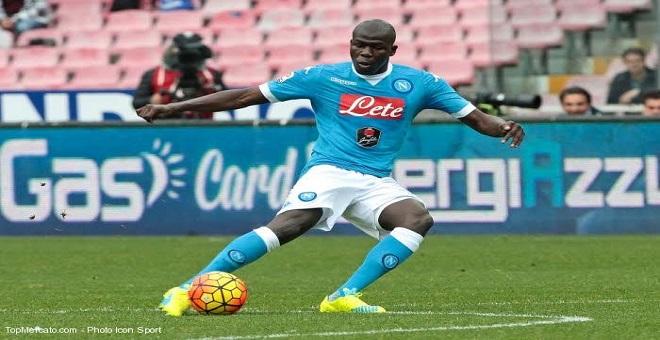 نابولي يحدد مبلغ 100 مليون يورو لبيع هذا اللاعب