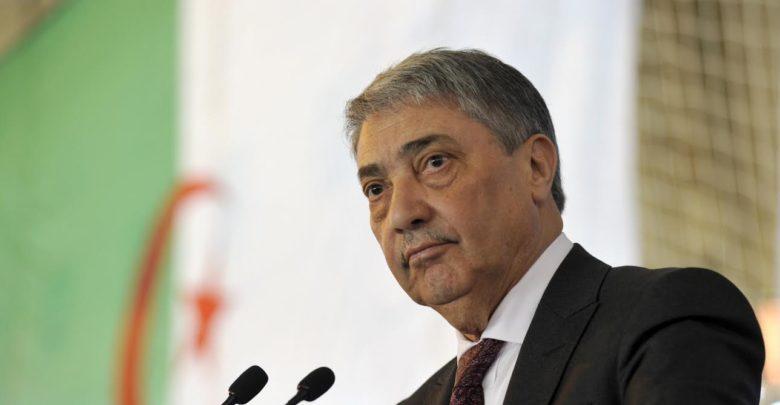 المعارض الجزائري بن فليس يشكك في ترشح بوتفليقة لولاية خامسة