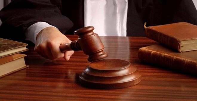 المحكمة تصدر حكمها في قضية الشرطي الذي تسلق سور فيلا