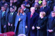 صور الملك في ''احتفالية باريس'' وسط قادة العالم تلفت الأنظار