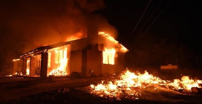 حريق كاليفورنيا يلتهم بيوت نجوم هوليود