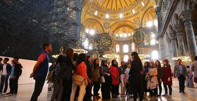 تركيا تسعى لجذب 48 مليون سائح خلال سنة 2019