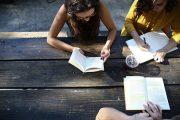 فرنسا تكشف عن تسهيلات تقدمها للطلبة مقابل الزيادة في الرسوم