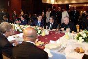 الملك يقيم مأدبة غداء على شرف المشاركين بالمؤتمر الدولي حول الهجرة