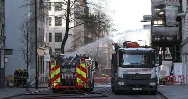 مصرع مغربي وزوجته وإصابة طفليهما في حريق شمال إيطاليا