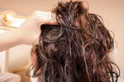 تجنب هذه الأطعمة إن كنت تعاني من مشاكل مع شعرك الدهني