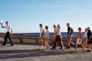 الحكومة تصادق على مشروع قانون ينظم مهنة المرشد السياحي