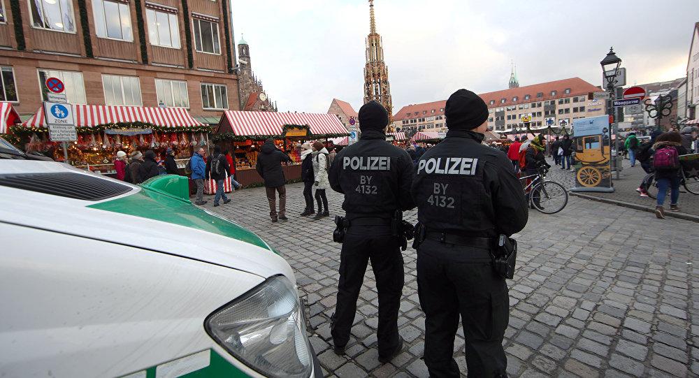 بدوافع عنصرية.. إصابة 4 أشخاص في حادث دهس غرب ألمانيا