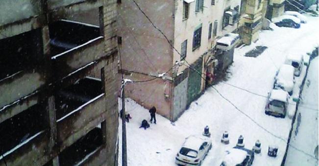 الجزائر.. الثلوج تعزل العديد من المدن وتحرج السلطات