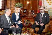 الملك يستقبل وزير خارجية روسيا ويدعو بوتين لزيارة المغرب