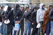 المغاربة والجزائريون أول المهاجرين المرحلين من إسبانيا منذ 2013