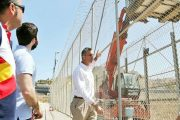 بتمويل مغربي.. حزب إسباني يدعو لبناء جدار في محيط سبتة ومليلية المحتلتين