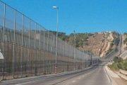 شركة إسبانية تتكلف بإعداد بديل للأسلاك الشائكة حول سبتة ومليلية