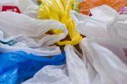 الخلفي: لم نفشل في محاربة الأكياس البلاستيكية لكن الأسواق أنهكتنا