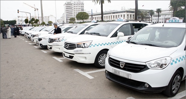 صراع بين سيارات الأجرة بالبيضاء لهذه الأسباب