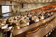 جامعات فرنسا تدرس حلا لإعفاء الطلبة المغاربة من زيادات التسجيل