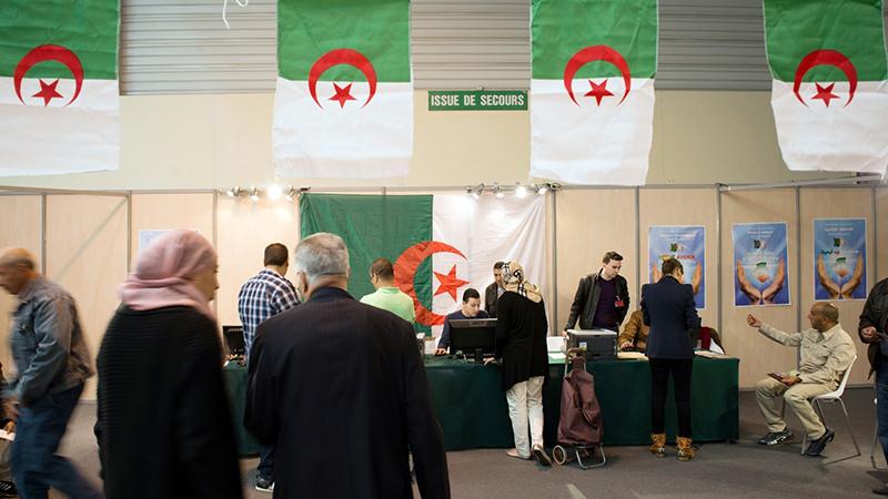غرائب المترشحين لرئاسيات الجزائر.. استهتار بالشعب الجزائري أم قلة الكفاءة؟