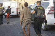 سلطات سبتة ومليلية المحتلتين تشدد الخناق على المغاربة