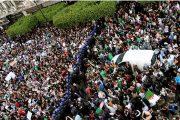 الجزائر.. استقالة عدة نواب من الحزب الحاكم وانضمامهم للحراك الشعبي
