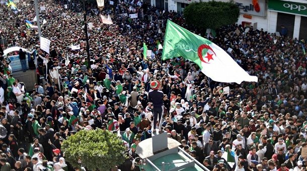 الجزائر.. الاستياء من نخبة