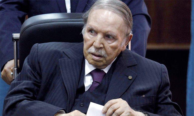 الجزائر.. نائب عن الحزب الحاكم يدعو بوتفليقة إلى الرحيل