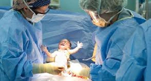 تعويضات الولادة القيصرية تشعل الحرب بين