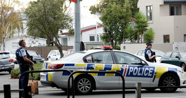 شرطة نيوزيلندا تعثر على متفجرات بمنطقة