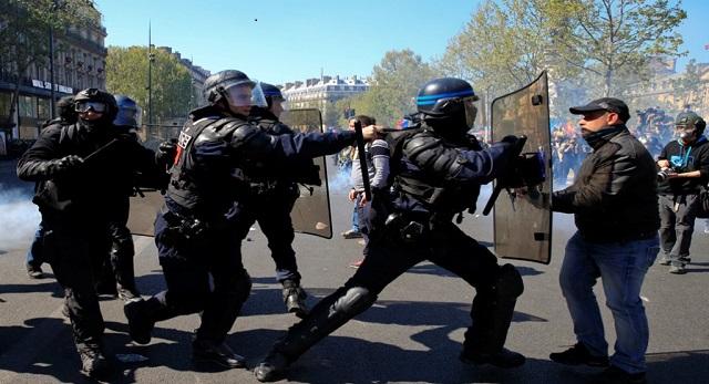 في السبت الثالث والعشرين.. اشتباكات بين الشرطة و