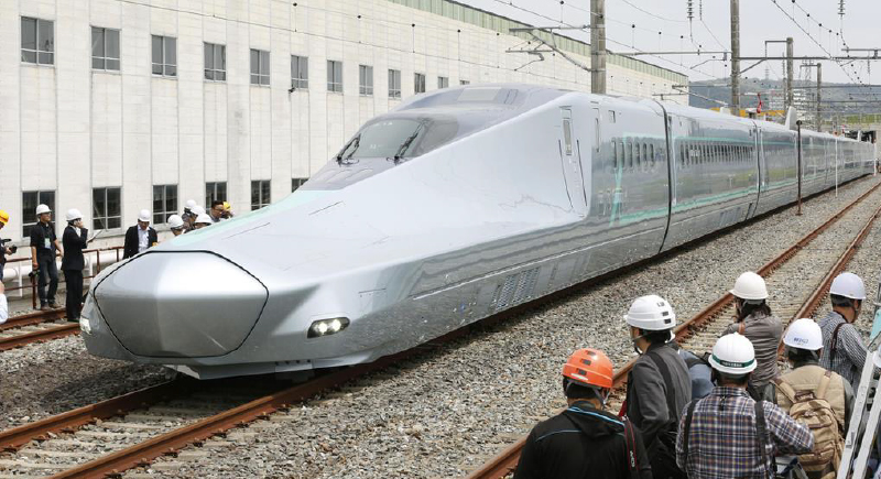 فيديو.. أسرع قطار في العالم يصل سرعته إلى 400 كم / ساعة!