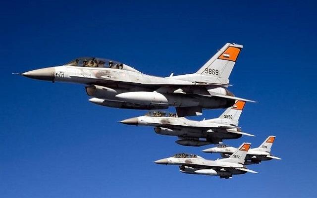 استعمال مقاتلات إف 16 لإيقاظ الصائمين على السحور