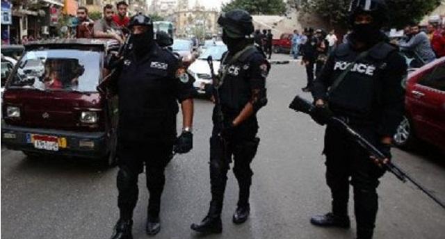 """مصر.. القضاء على 12 """"إرهابيا"""" في تبادل لإطلاق النار"""