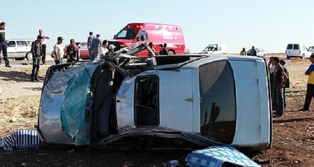 طنجة.. مصرع 3 أشخاص وإصابة 14 آخرين في اصطدام حافلتين لنقل العمال