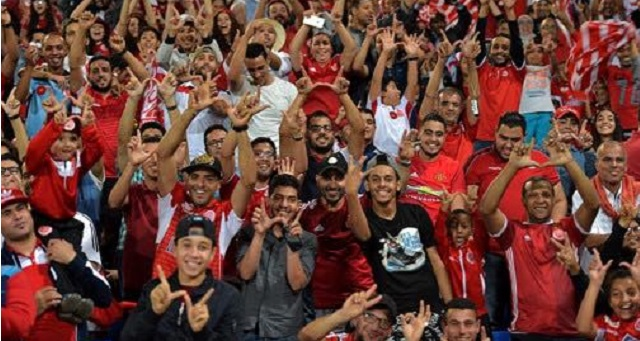 جماهير الوداد تطالب بعدم الاحتفال أمام الكوكب.. والنادي الأحمر يستجيب