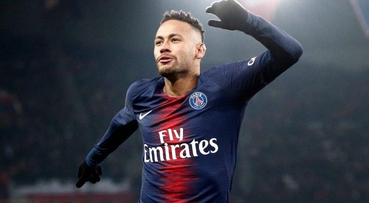 صحيفة فرنسية: باريس سان جيرمان مستعد لبيع نجمه نيمار